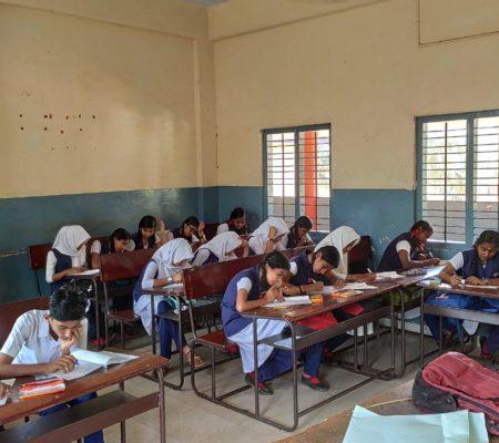 PES Kovilakam School Parappanangadi Classroom